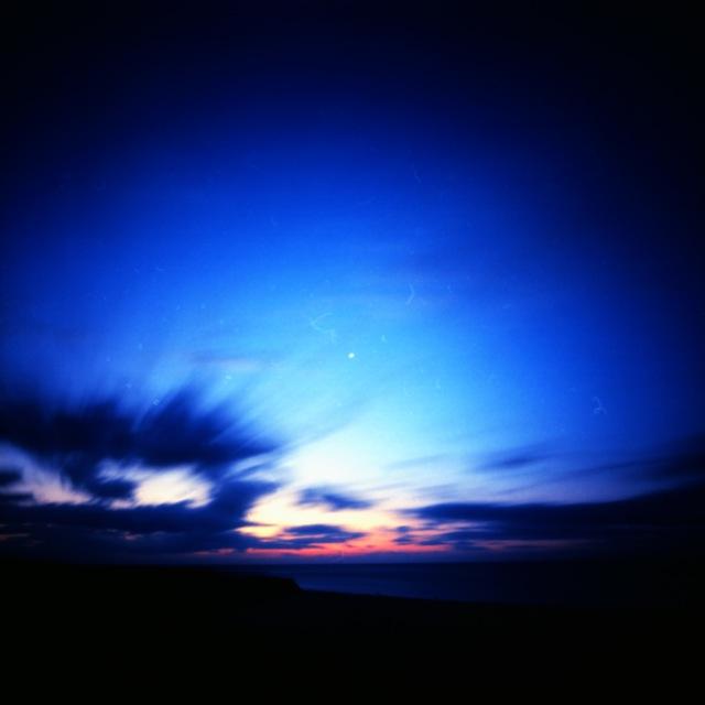 夜明け - 静岡県・中田島砂丘にて